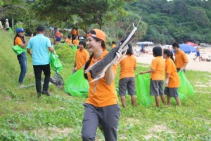Nai-Harn-Beach-Cleaning-November-2015-1