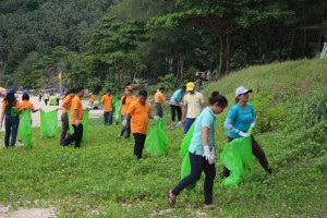 Nai-Harn-Beach-Cleaning-November-2015-4