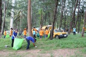 Nai-Harn-Beach-Cleaning-November-2015-5
