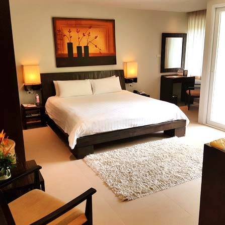 Serenity deluxe room with double bed