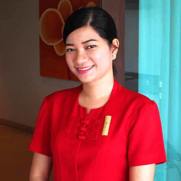Sineenat Chulapan (Oil) - Reservations Manager